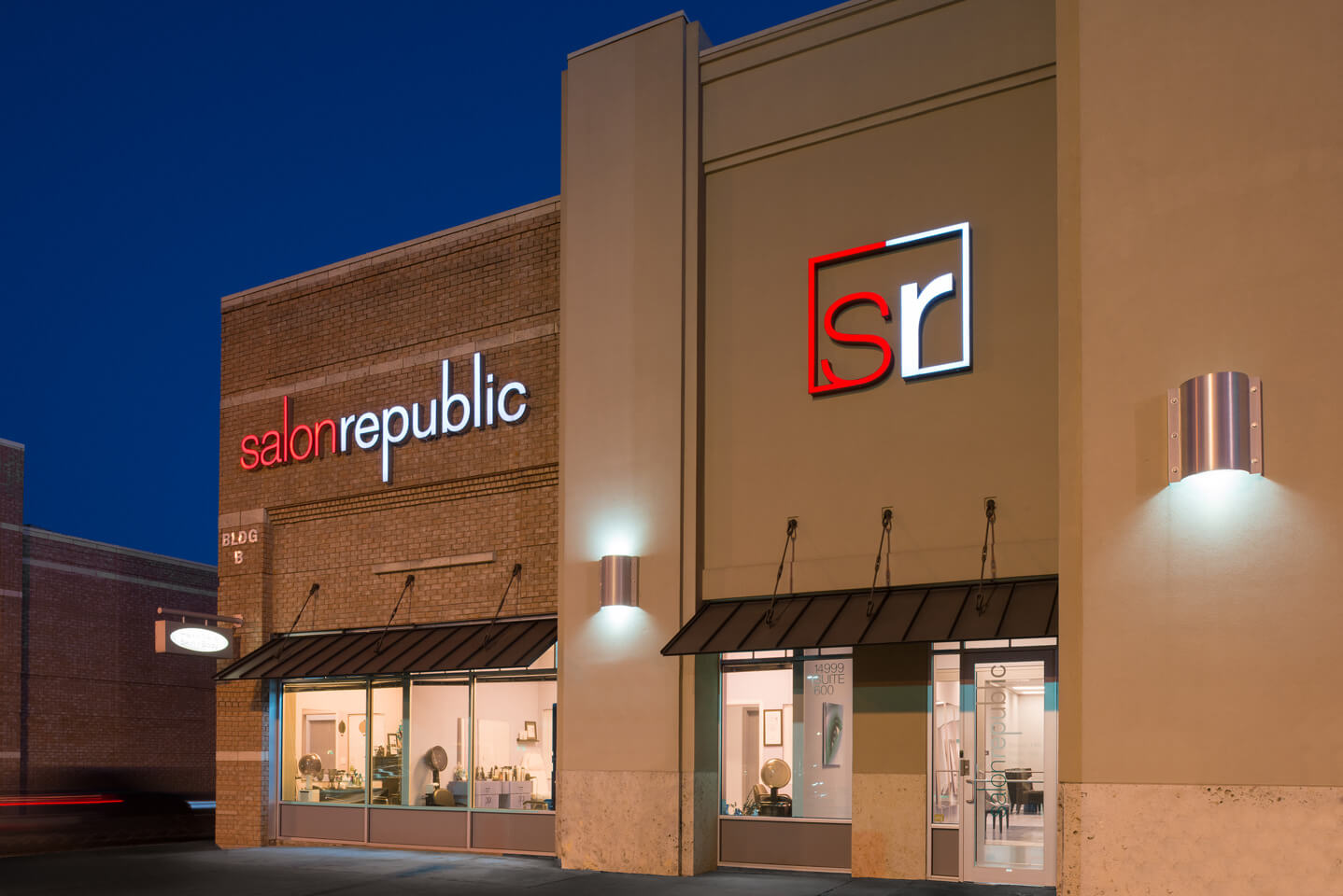 Salon Republic Dallas Exterior
